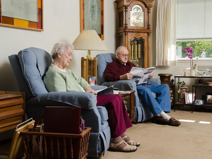 How to Create a Safe and Accessible Living Room for Seniors