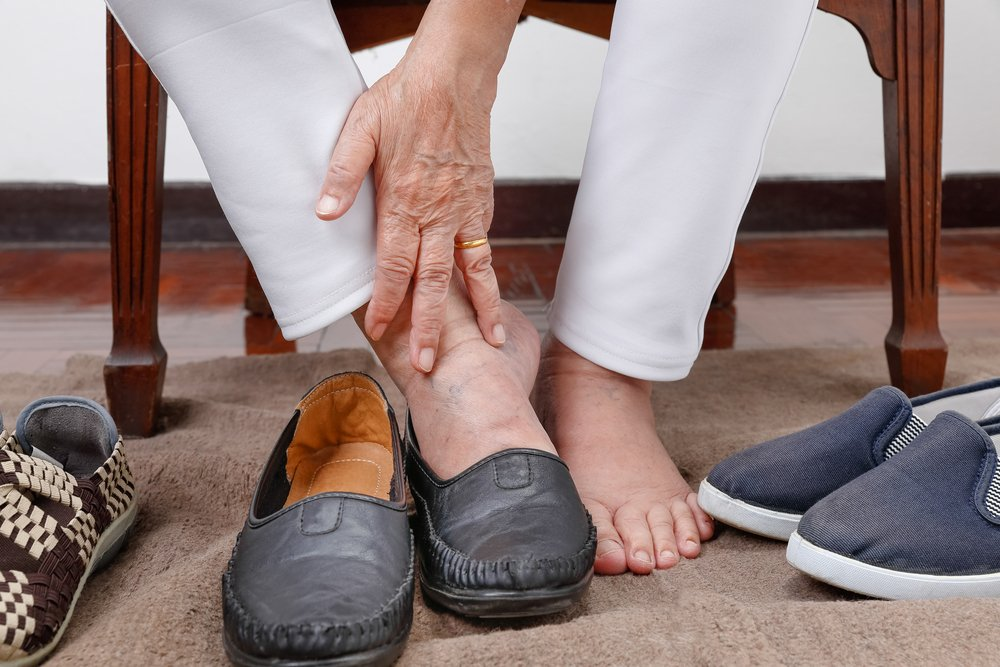 What Type of Shoes are Recommended for Seniors